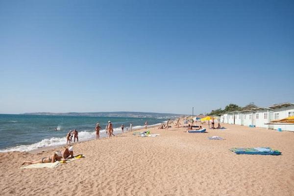 Пляж, находящийся недалеко от пансионата