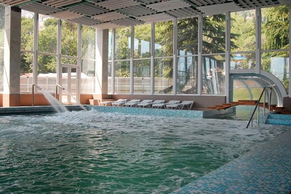 Крытый бассейн санатория «Мисхор»