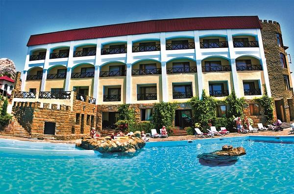Отель Бастион в Судаке