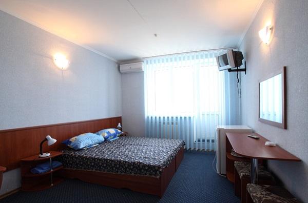 Черное море. Двухместный однокомнатный номер с балконом