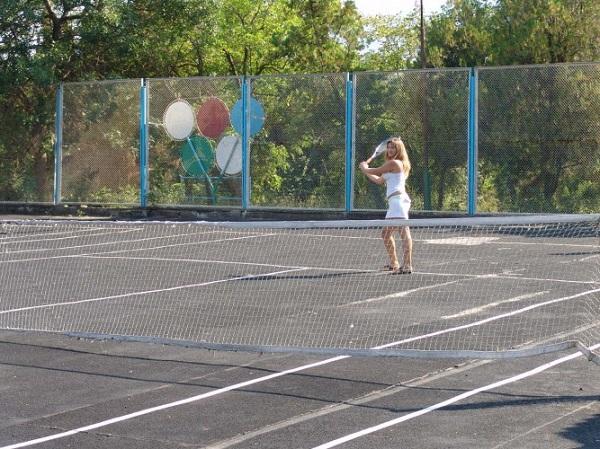Теннисный корт пансионата «Голубой залив»