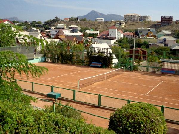 Теннисный корт пансионата «Звездный»
