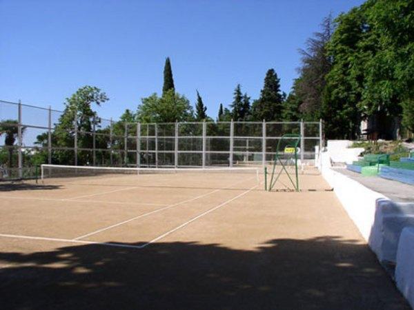 Теннисный корт санатория