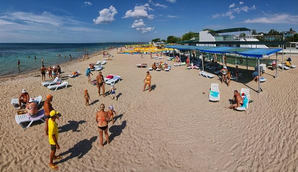 Пляж, принадлежащий ТОК Евпатория