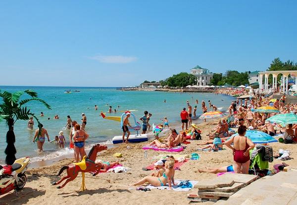 Пляж, принадлежащий отелю