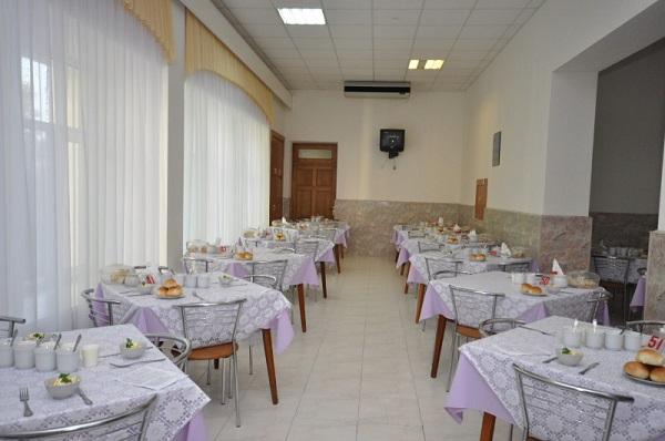 Столовая санатория Мрия