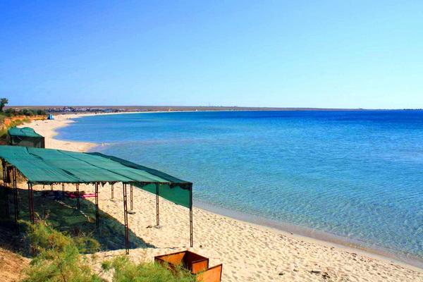 Пляж, принадлежащий пансионату