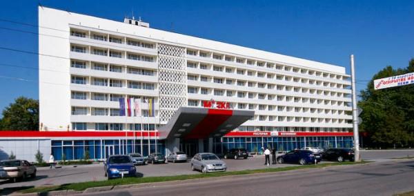 На фото гостиница «Москва»