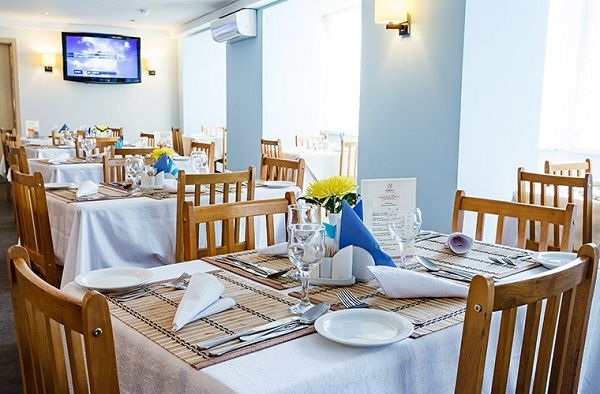 Ресторан отеля «Оптима»