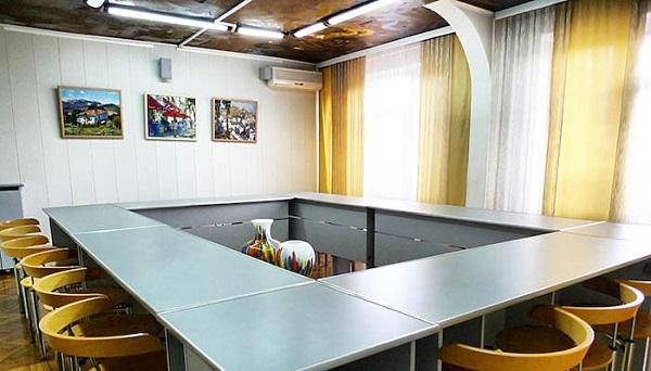Конференц-зал в гостинице «Украина»