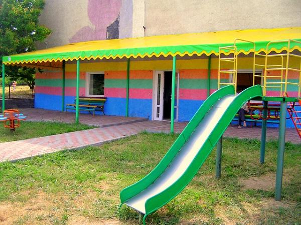 Детская игровая площадка на территории базы отдыха