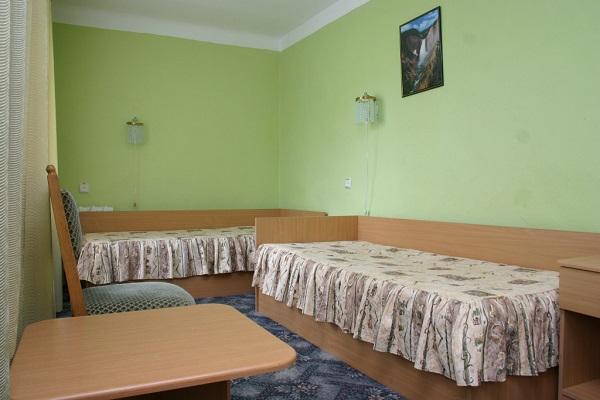 Одна из жилых комнат базы отдыха
